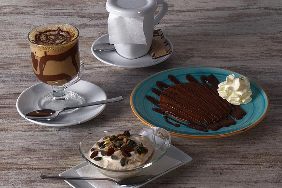 Café del Tíbet Zaragoza. Postres nepalíes artesanos, helados artesanales, tartas, cafés y tés.